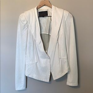 Cream blazer with should pads